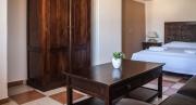 Apartment Anemone